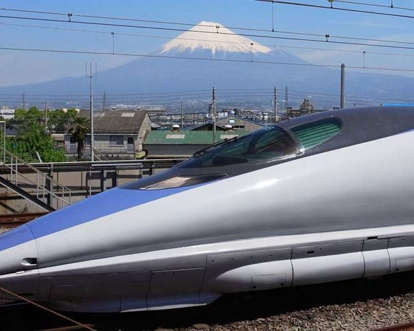รถไฟความเร็วสูงญี่ปุ่น Shinkansen