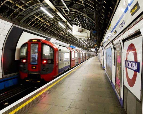 ความรู้เกี่ยวกับรถไฟใต้ดิน London ประเทศอังกฤษ