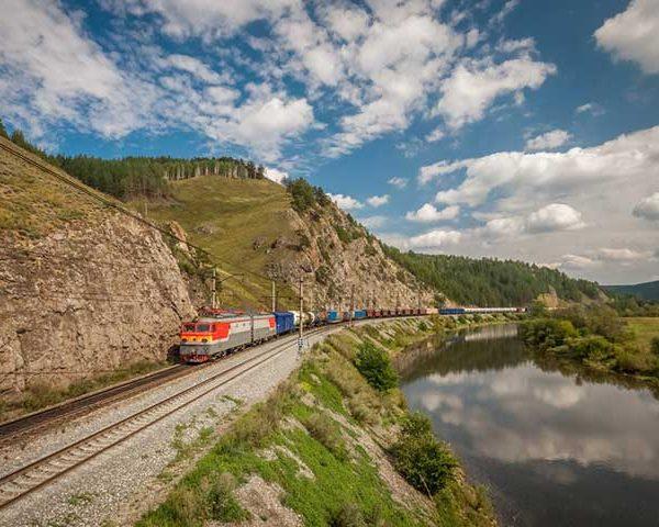 Silk Road on Rails ทางรถไฟสายใหม่ที่ยาวที่สุดในโลก